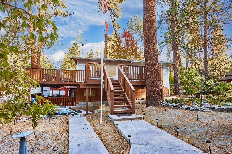 5829 Lone Pine Canyon Road Property Photo 1