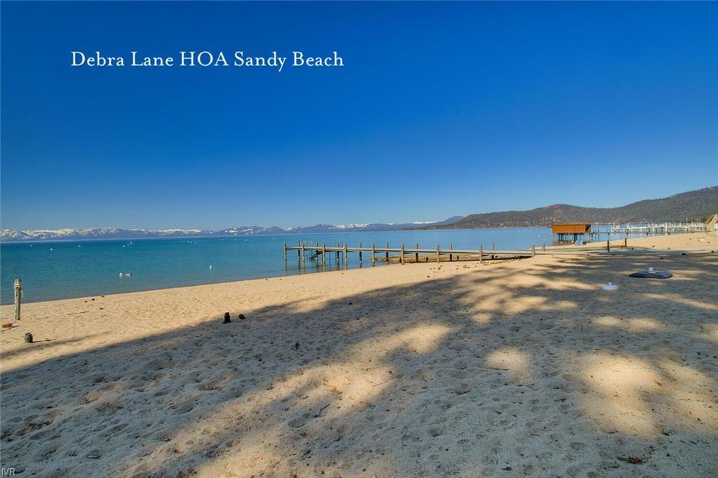 1061 Lakeshore Boulevard Property Photo 32
