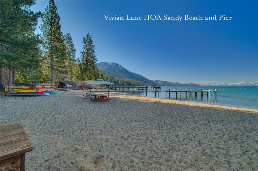 1061 Lakeshore Boulevard Property Photo 33