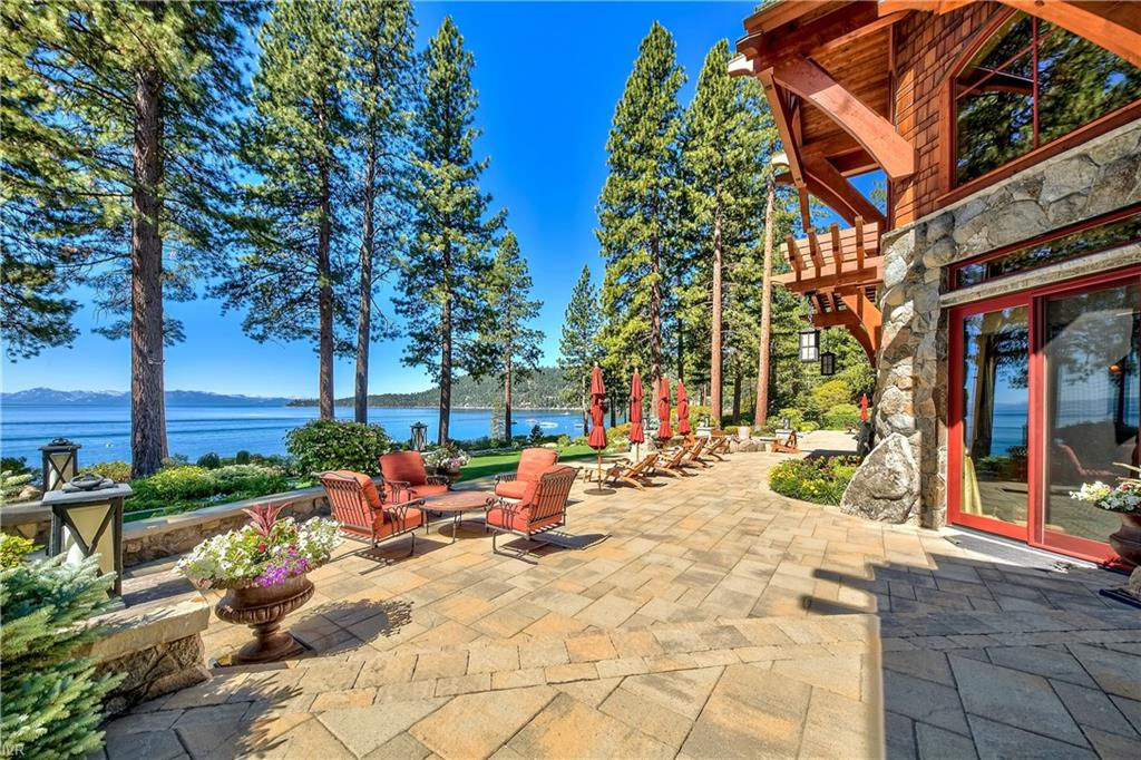 575 573 Lakeshore Boulevard Property Photo 3