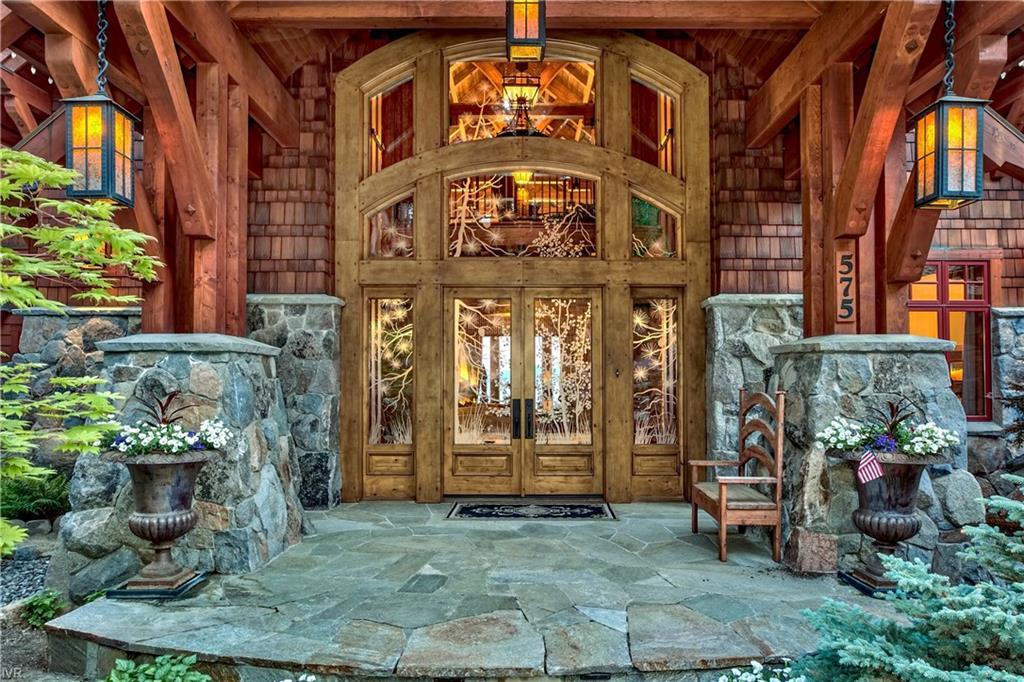 575 573 Lakeshore Boulevard Property Photo 9