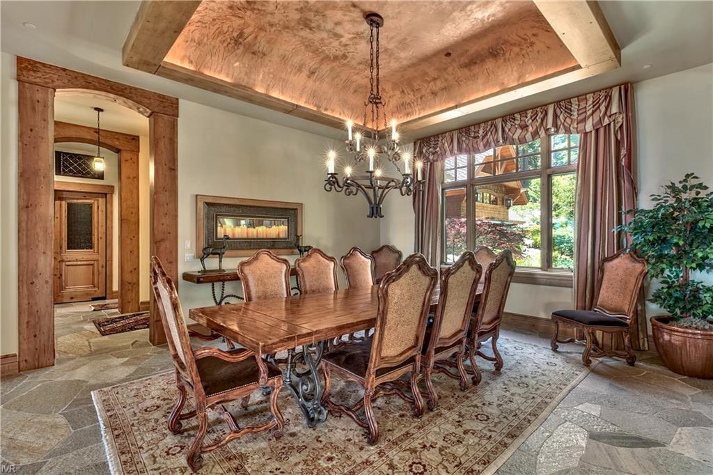 575 573 Lakeshore Boulevard Property Photo 17