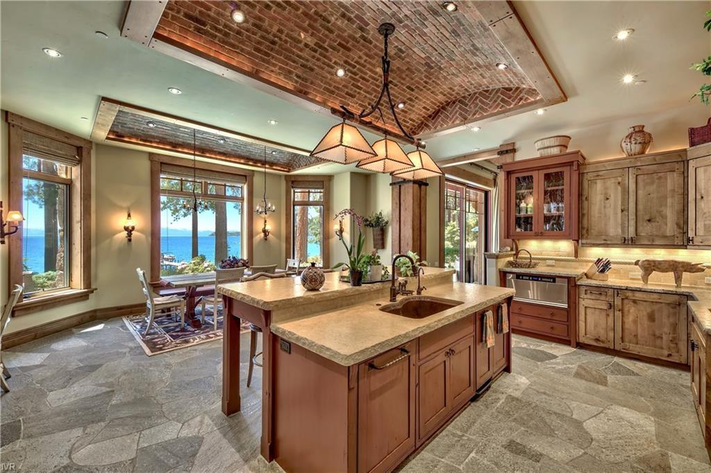 575 573 Lakeshore Boulevard Property Photo 18