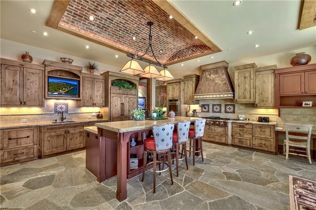 575 573 Lakeshore Boulevard Property Photo 20