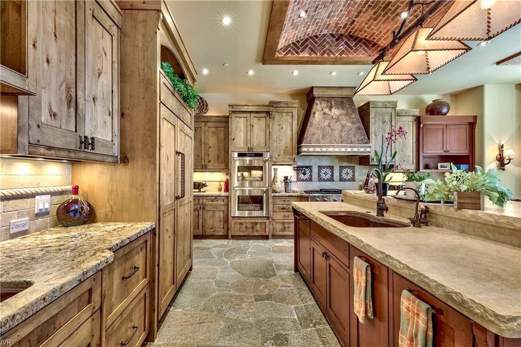 575 573 Lakeshore Boulevard Property Photo 21