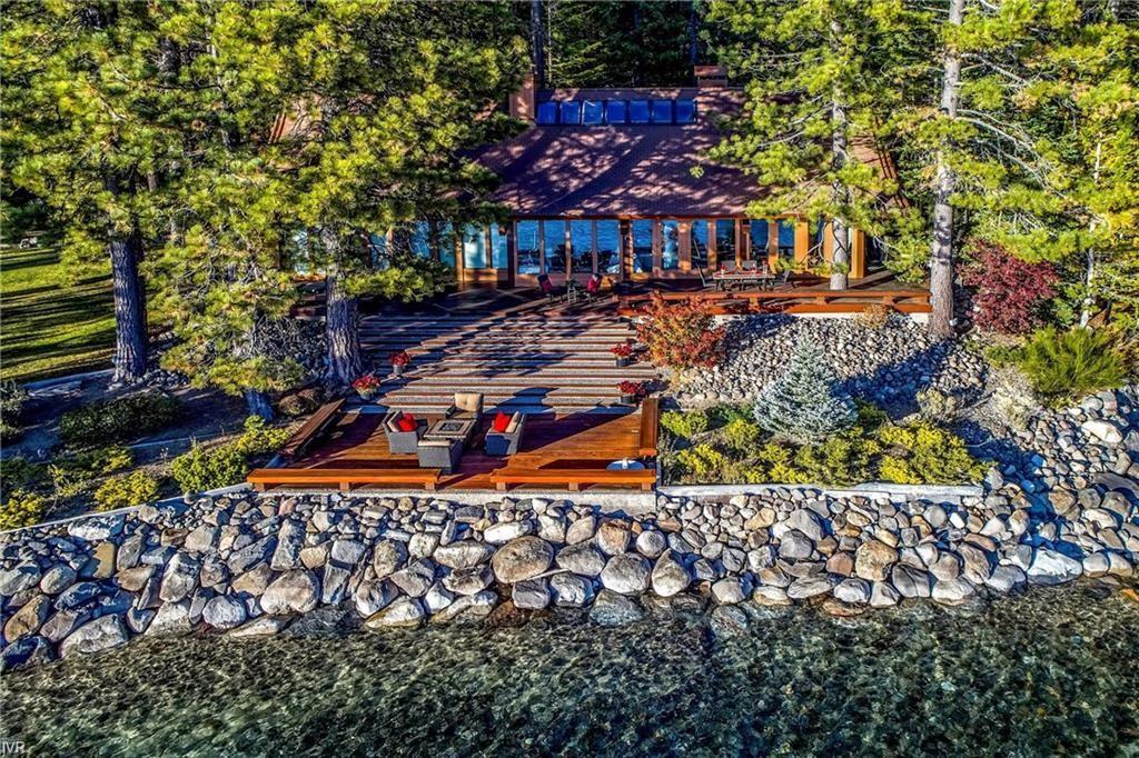 885-887 Lakeshore Boulevard Property Photo 4