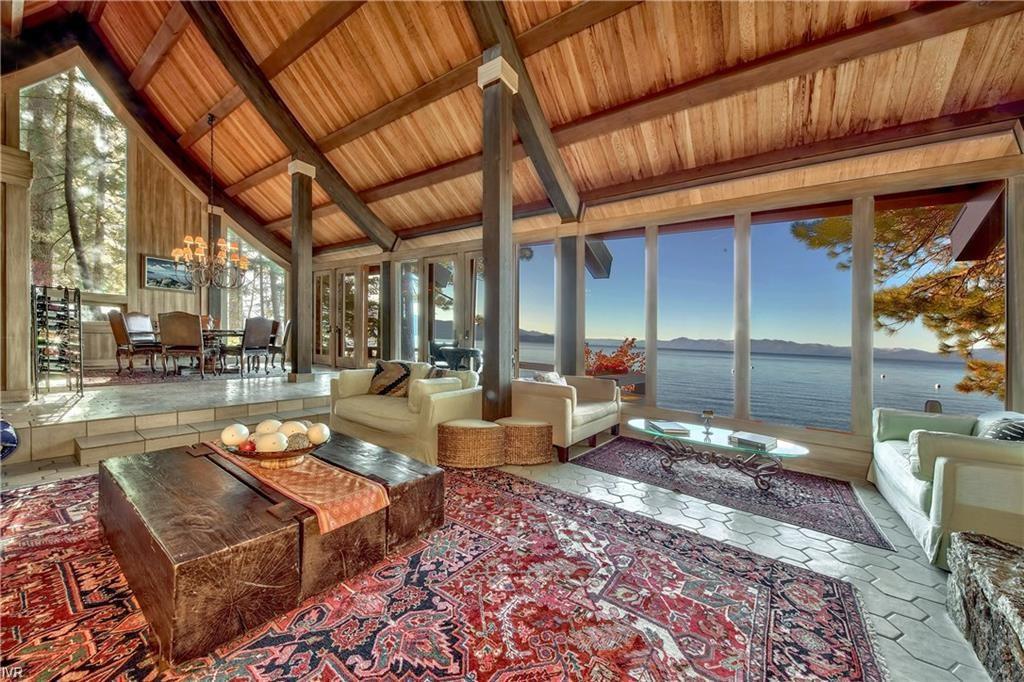 885-887 Lakeshore Boulevard Property Photo 15