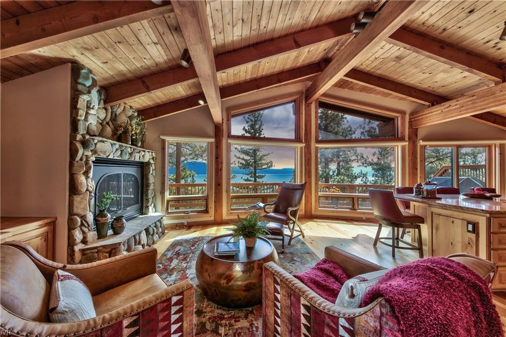 559 Knotty Pine Drive Property Photo