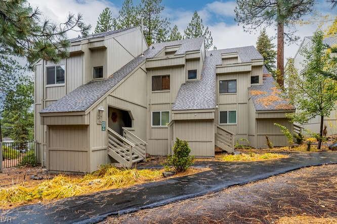 807 Alder 27 Property Photo