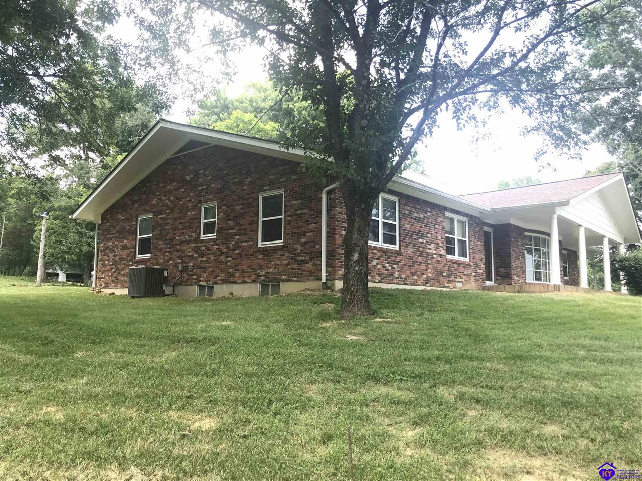 5804 Routt Road Property Photo 1