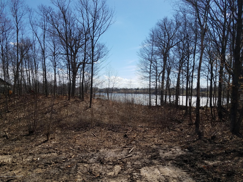 420 Lakeside Drive Property Photo