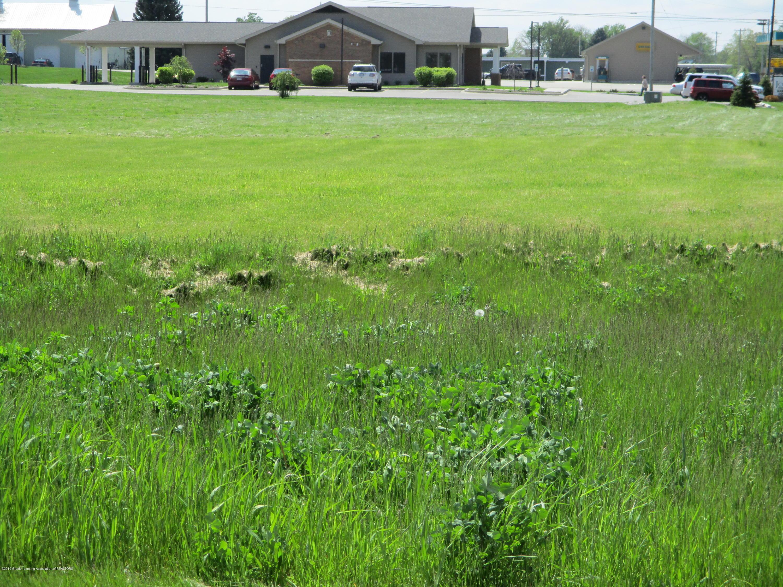 V/l E M-21 Property Photo