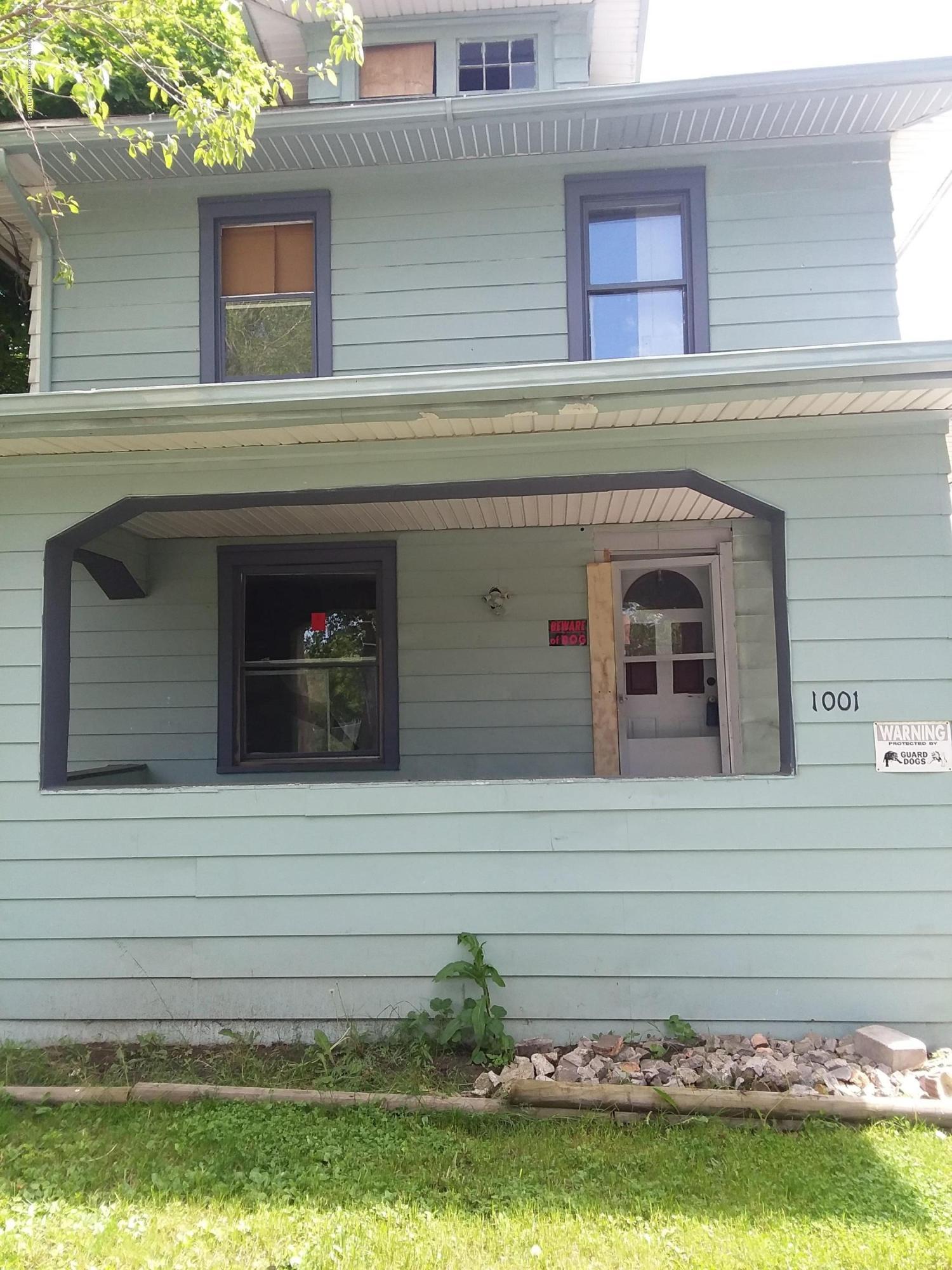 1001 W Hillsdale Street Property Photo