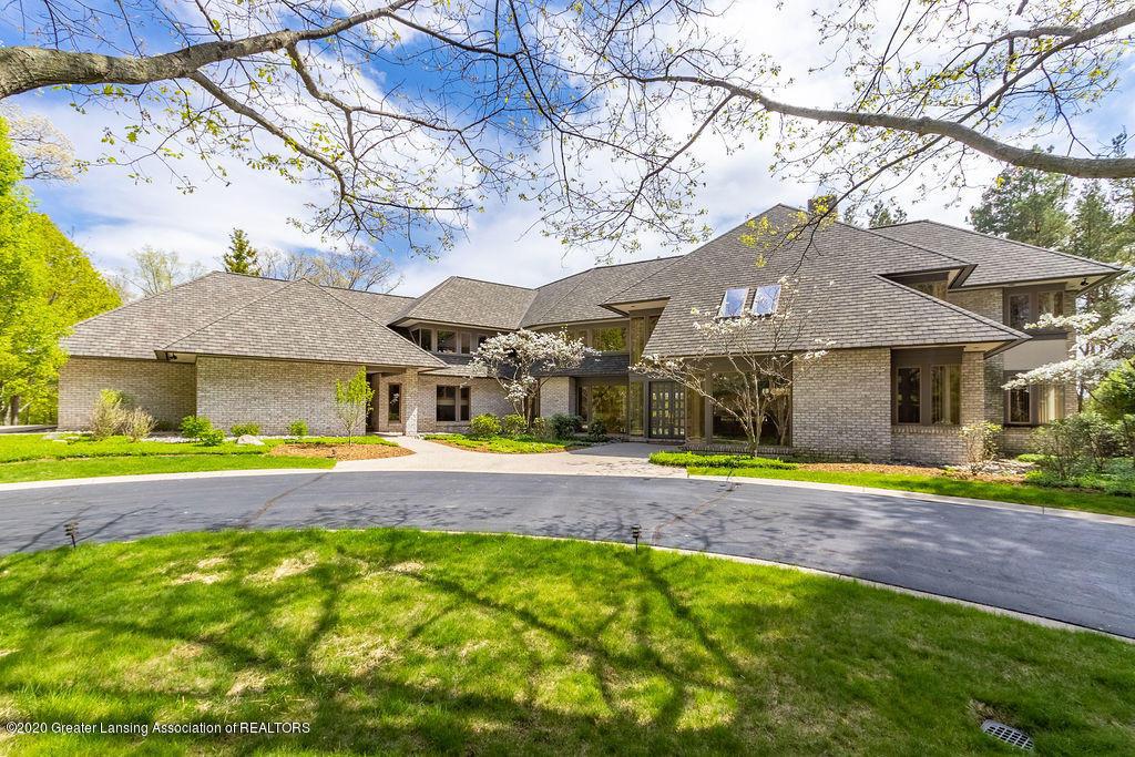 6400 Pine Hollow Drive Property Photo 2