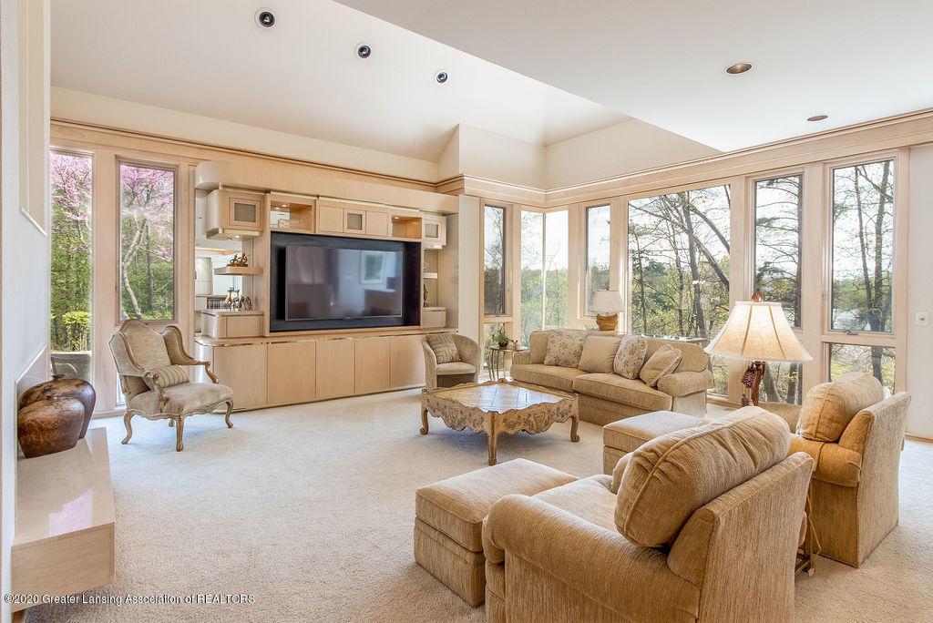 6400 Pine Hollow Drive Property Photo 35