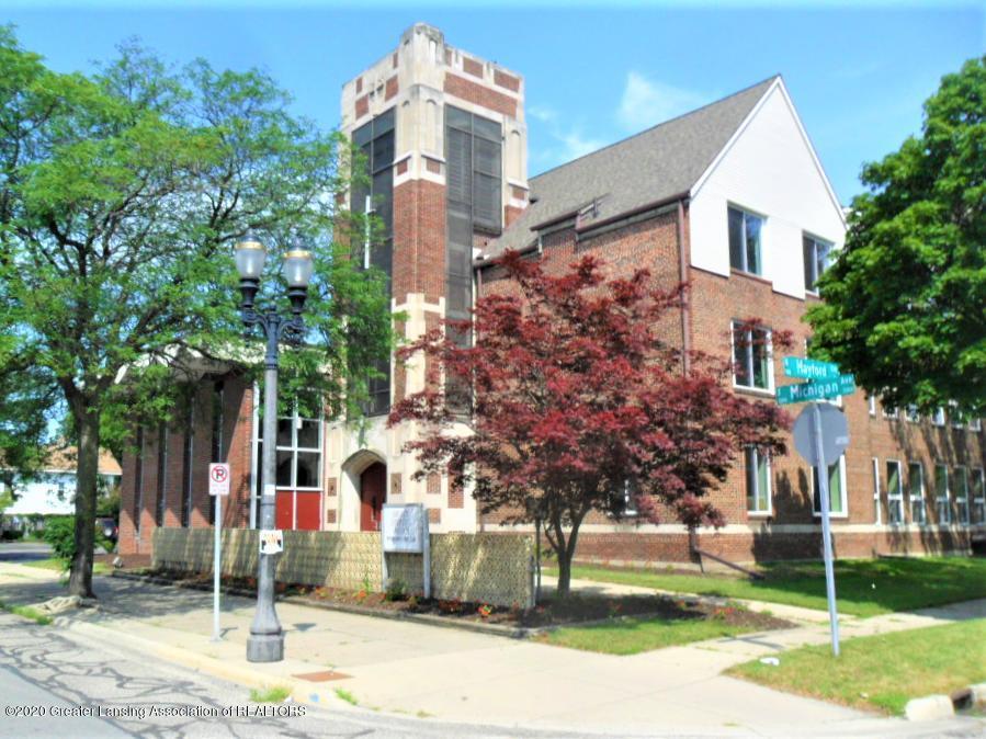 2215 E Michigan Avenue Property Photo