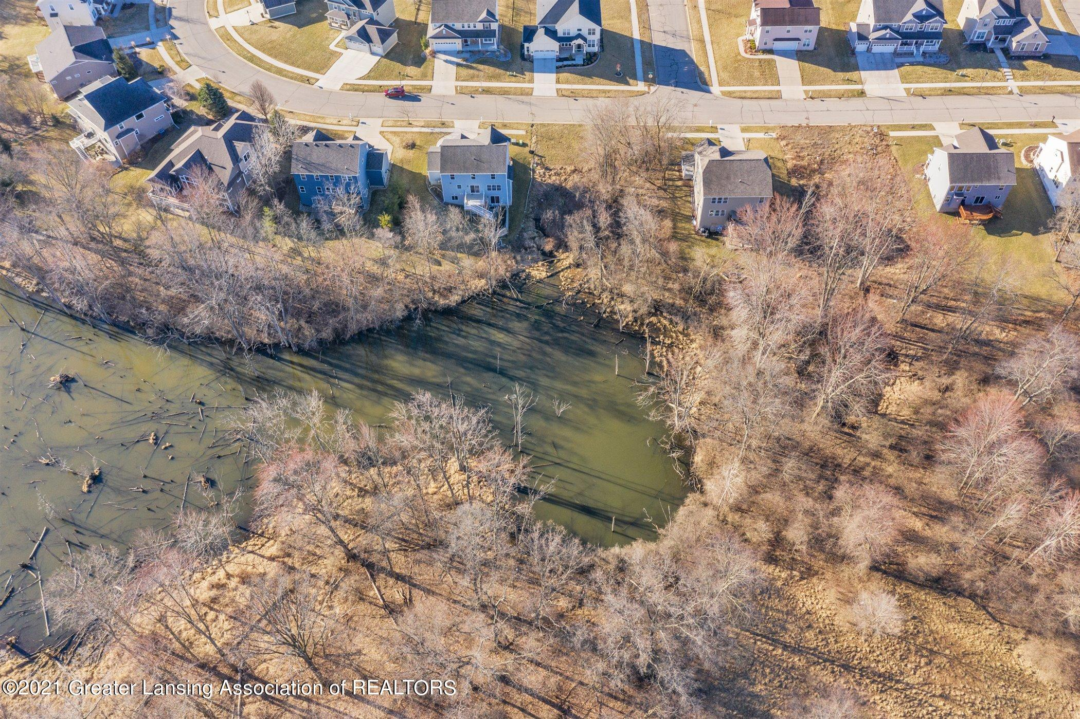 1574 Belvedere Avenue Property Photo 3
