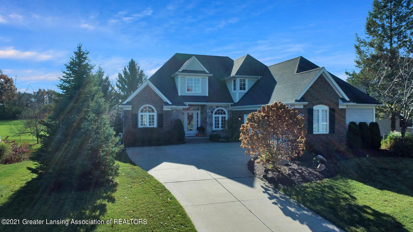 4800 E Hawk Hollow Drive Property Photo