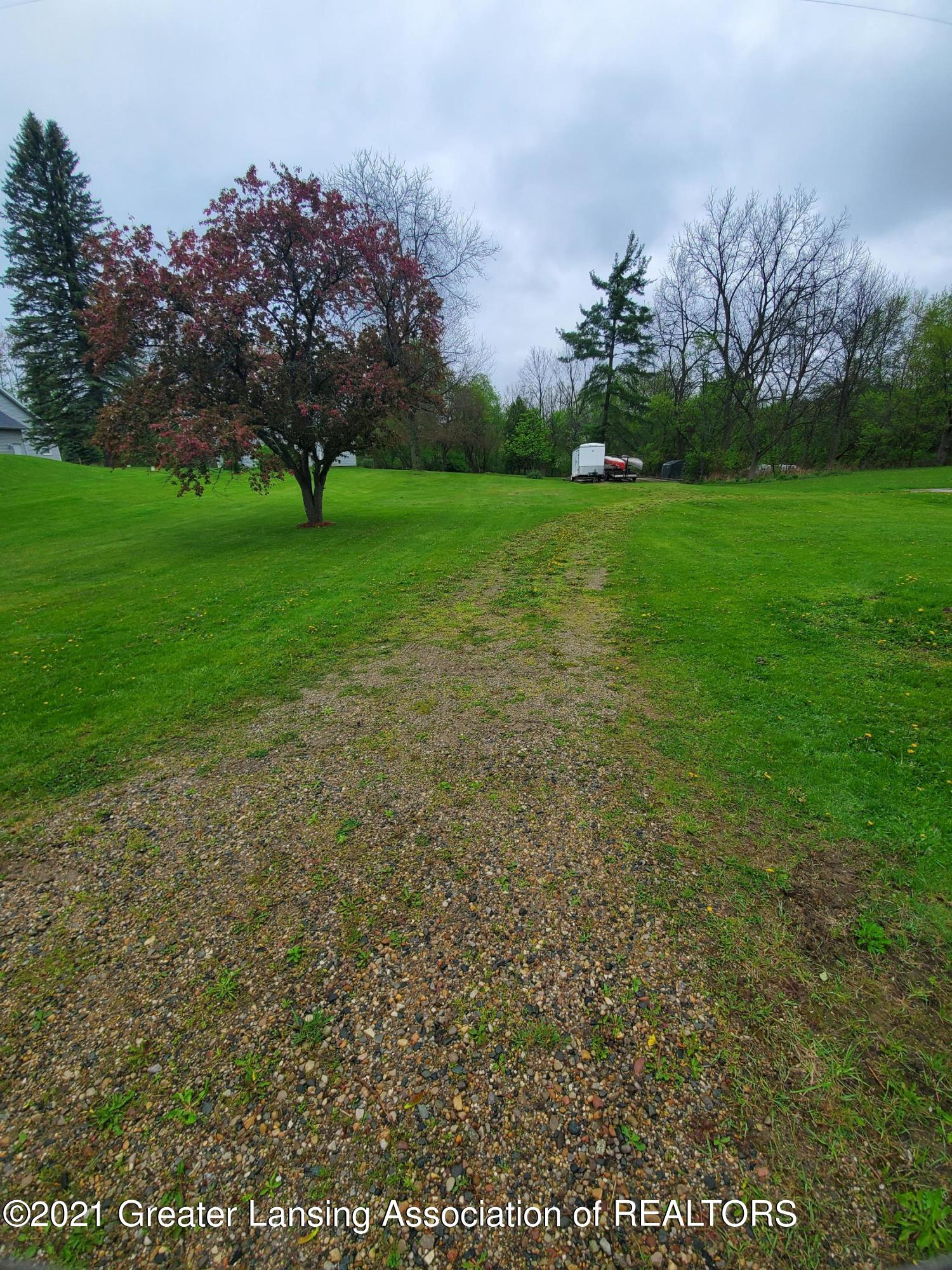 5885 Sleight Road Property Photo