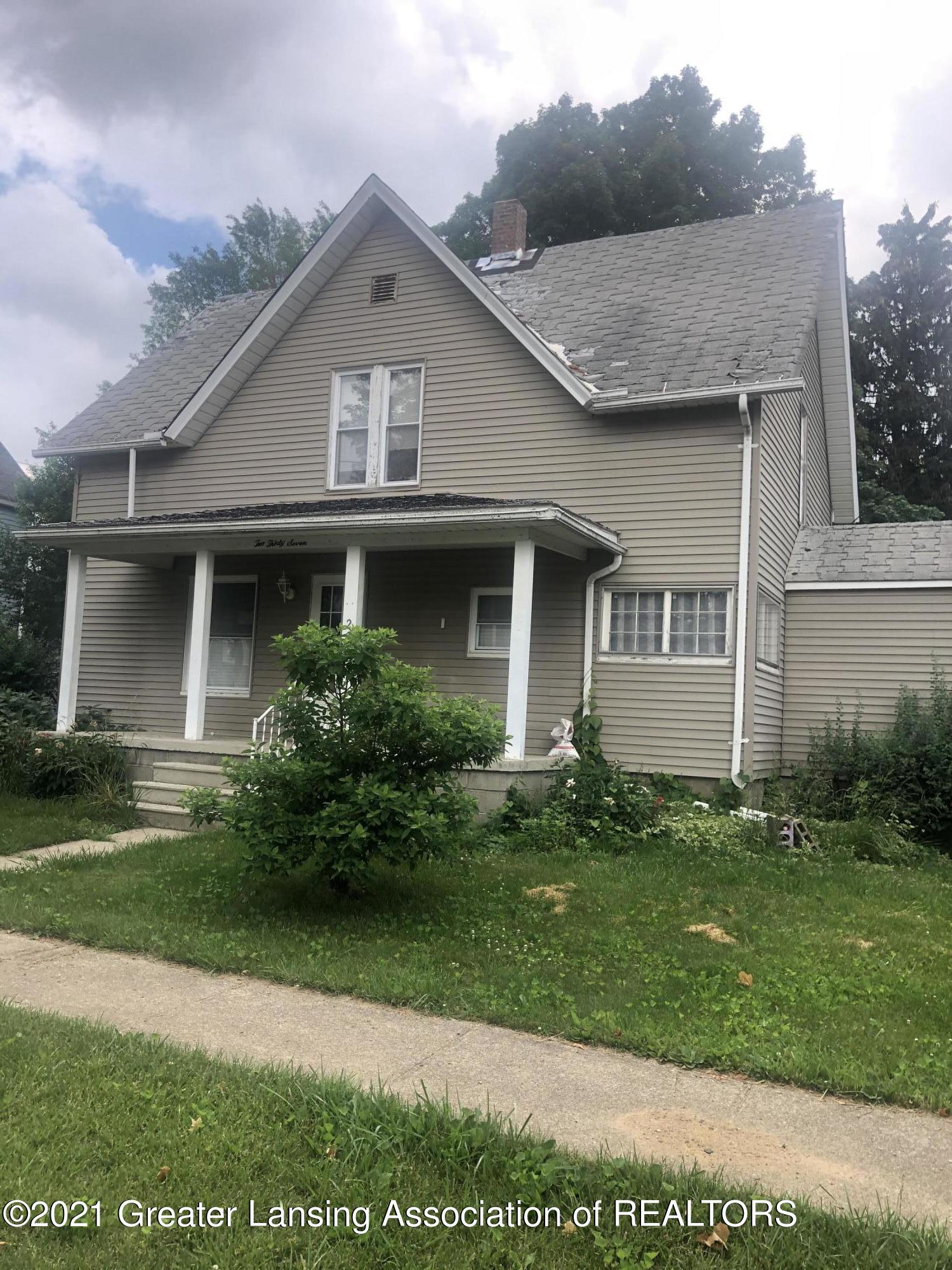 237 E Pine Street Property Photo