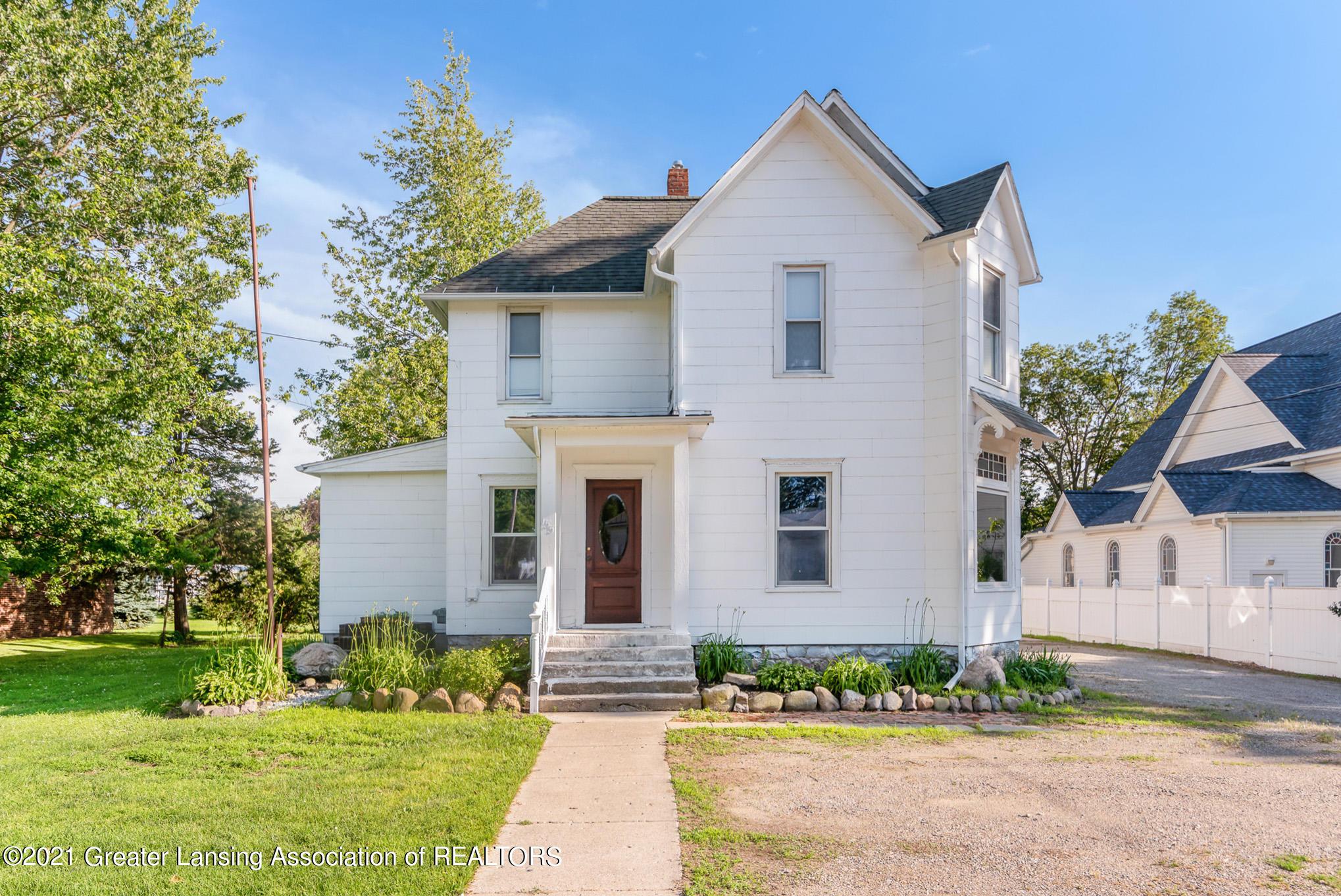 155 W Main Street Property Photo