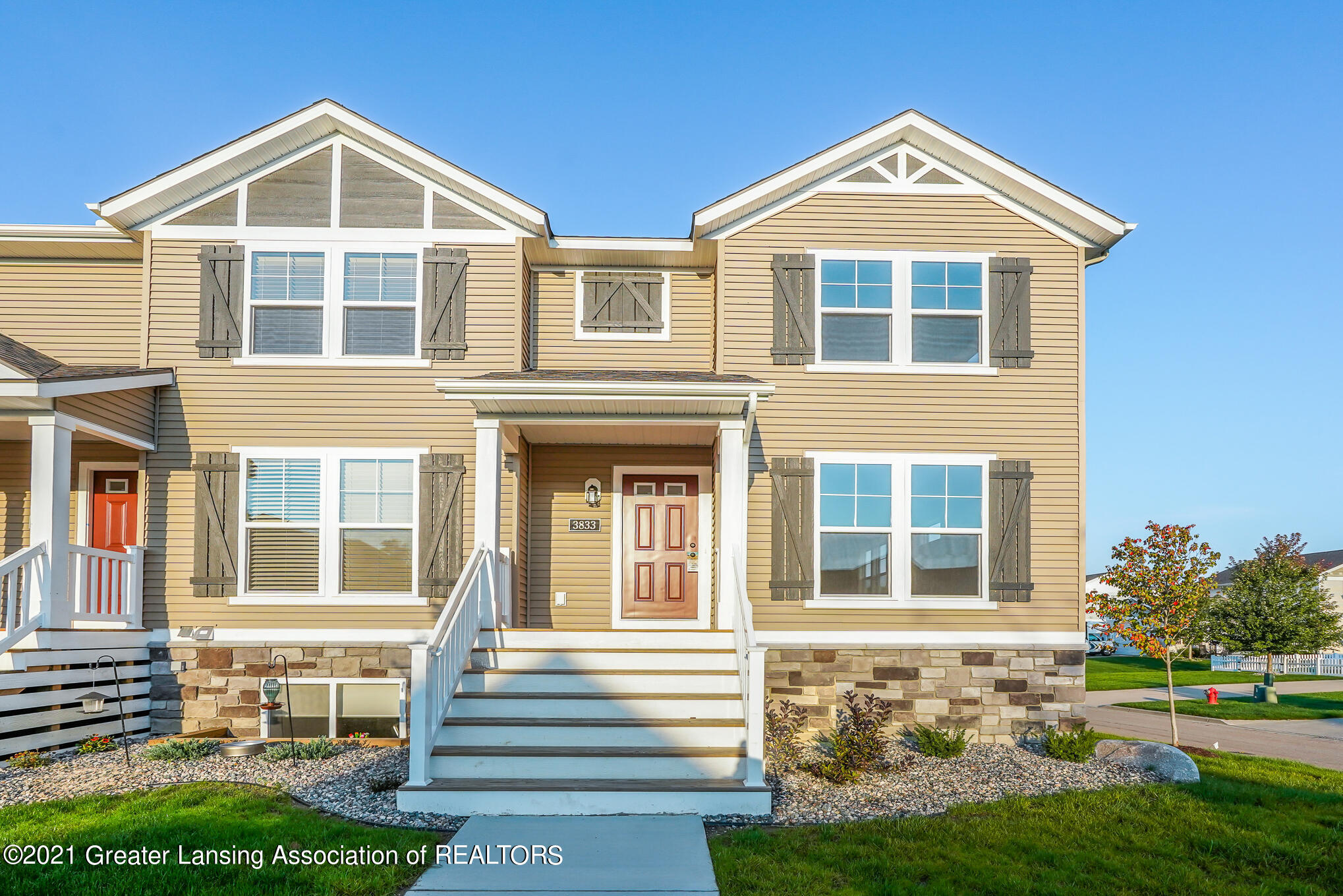 3833 Zaharas Lane Property Photo 1