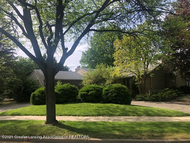 1047 Applegate Lane Property Photo 1