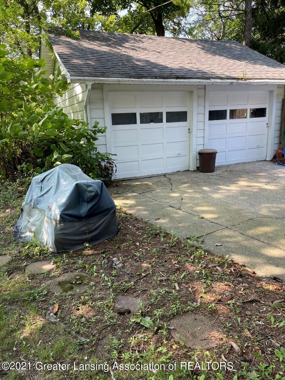 611 Kirby Drive Property Photo 5