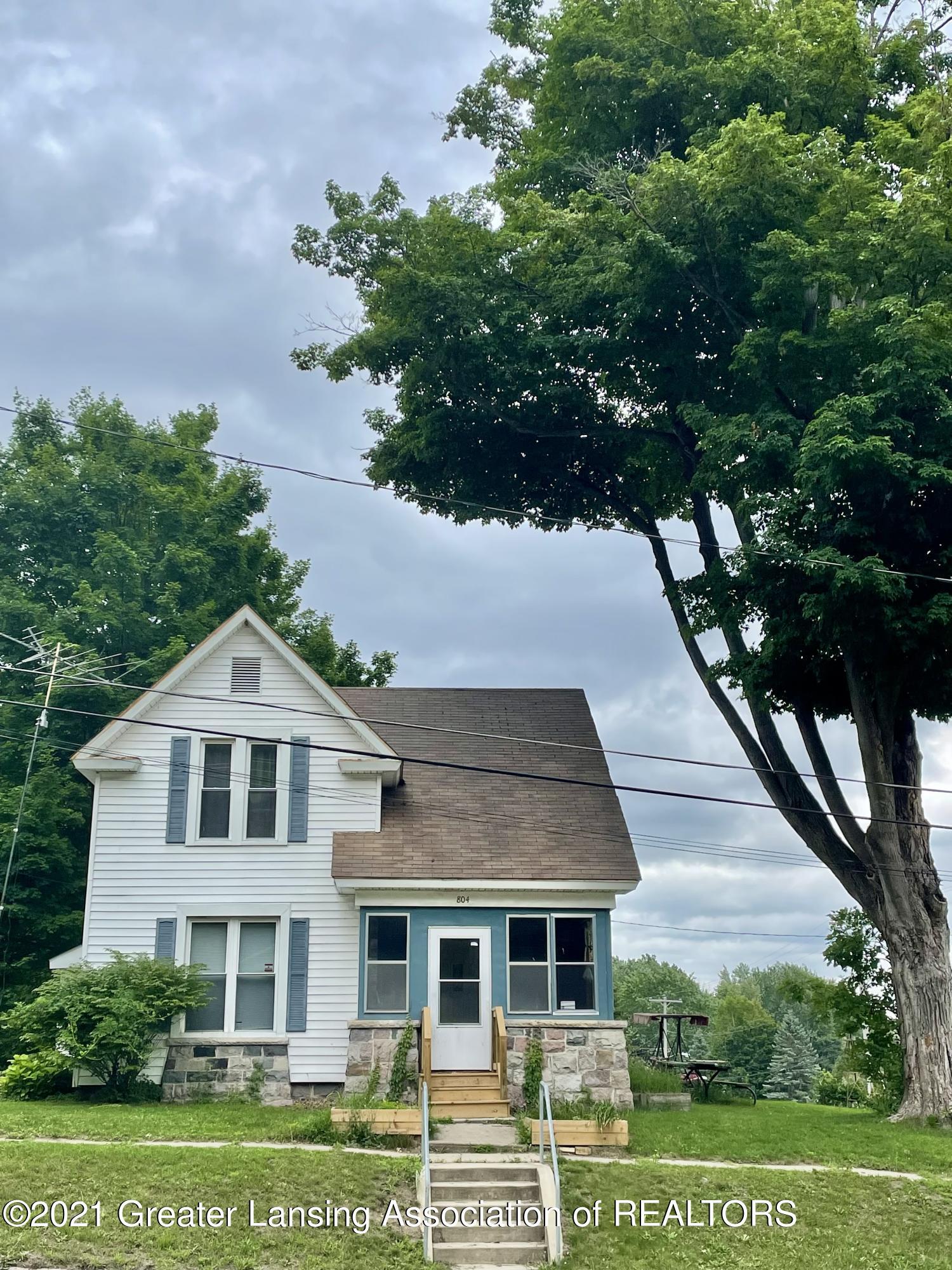 804 N Main Street Property Photo