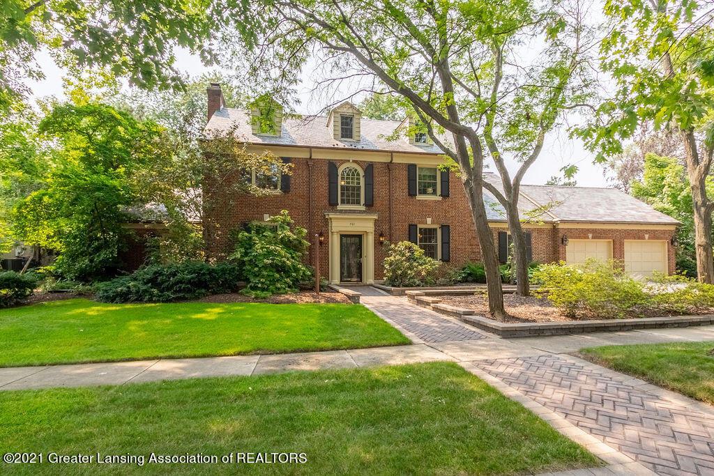 701 Cowley Avenue Property Photo 1