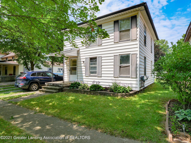 116 W Oak Street Property Photo