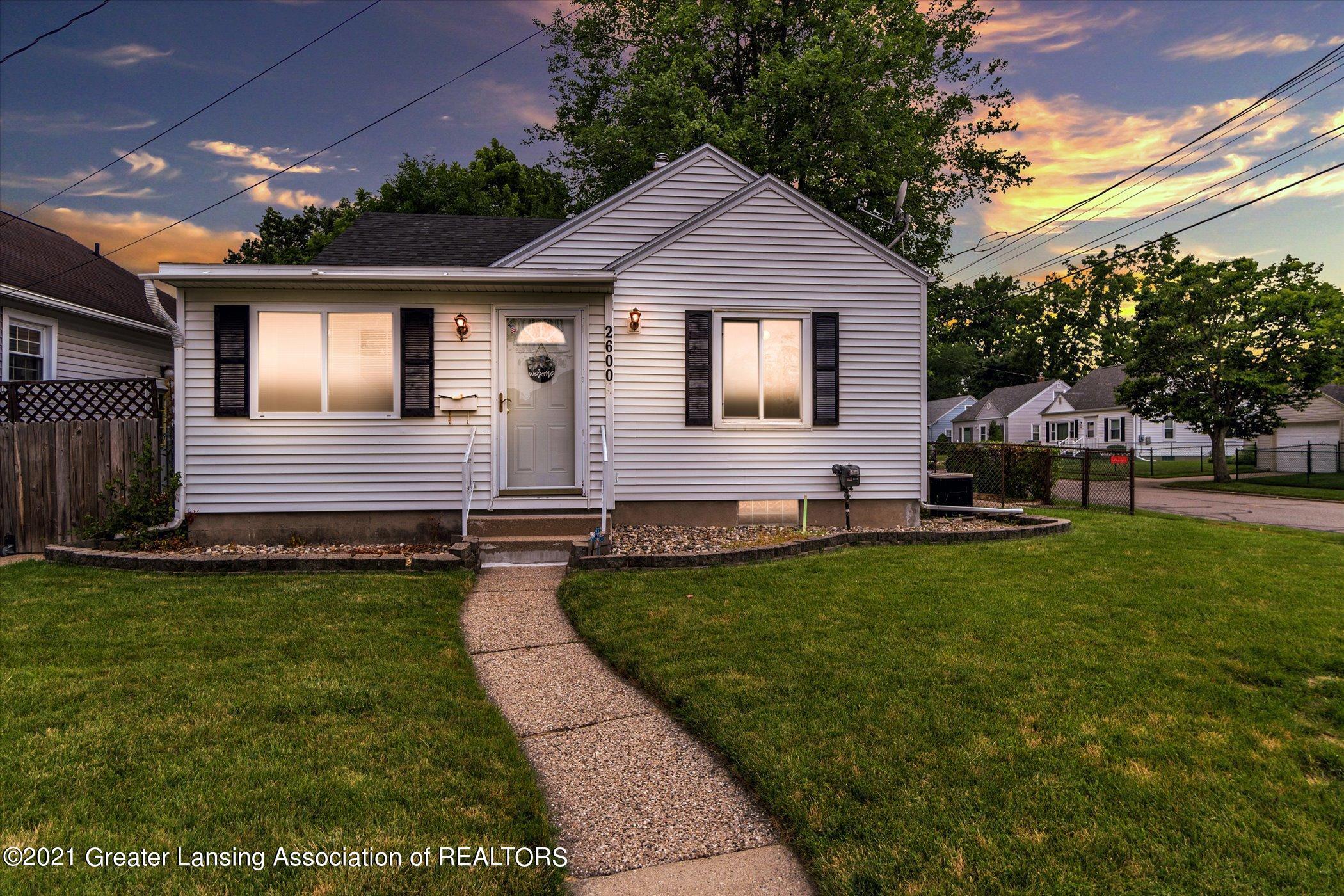 2600 Marion Avenue Property Photo 1