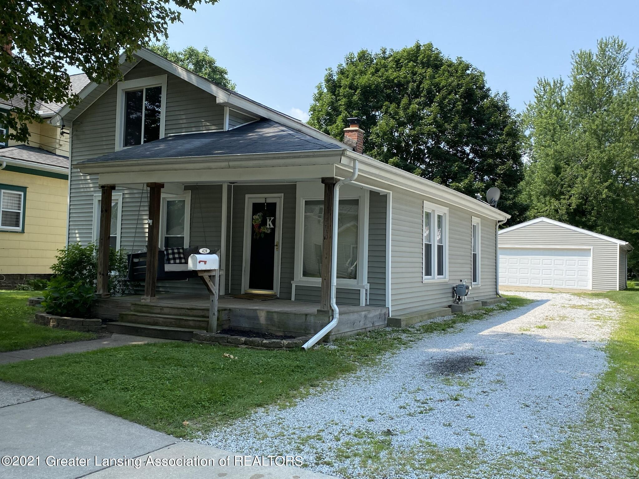 428 S Sheldon Property Photo 1