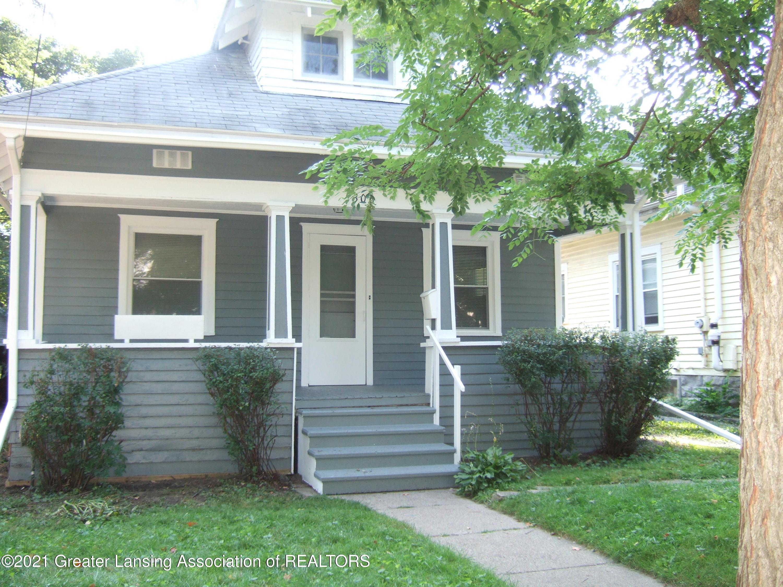 306 N Clemens Avenue Property Photo