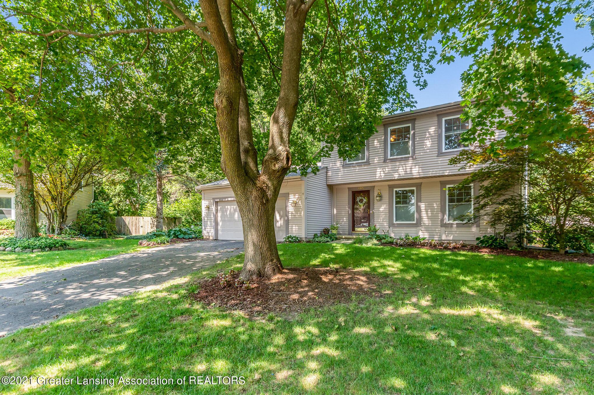 4395 Stoneycroft Drive Property Photo 1
