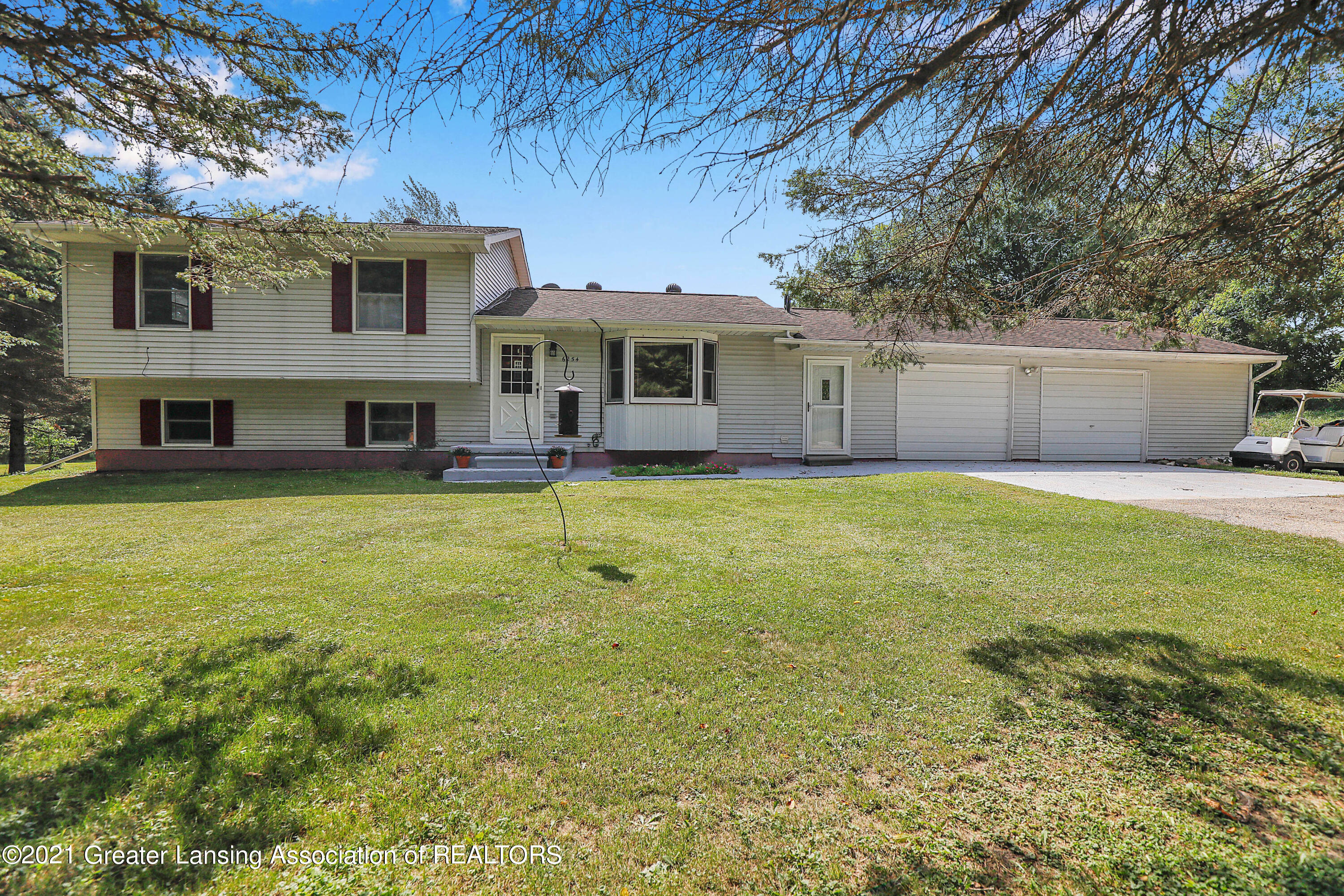 6254 Clise Road Property Photo