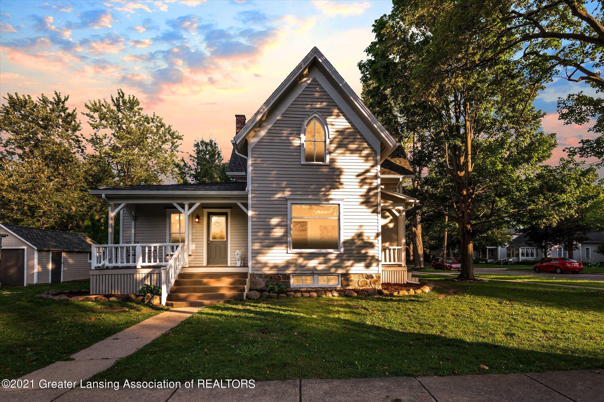 301 E Lincoln Street Property Photo 1