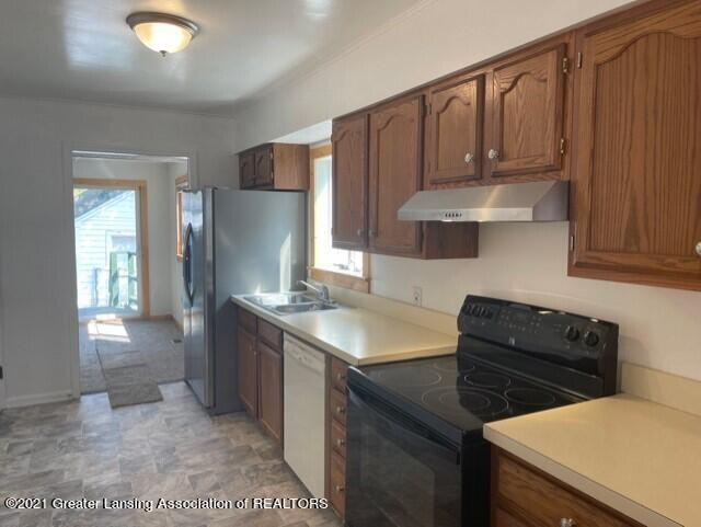 1314 W Barnes Avenue Property Photo 12