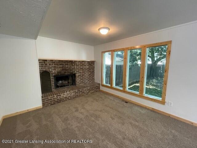 1314 W Barnes Avenue Property Photo 16