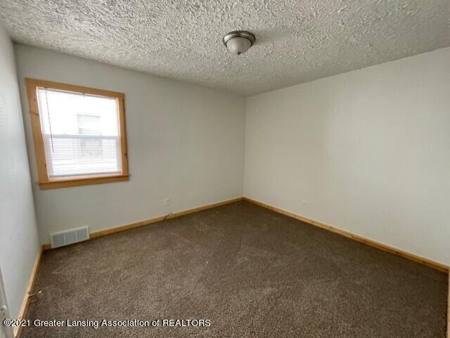 1314 W Barnes Avenue Property Photo 20