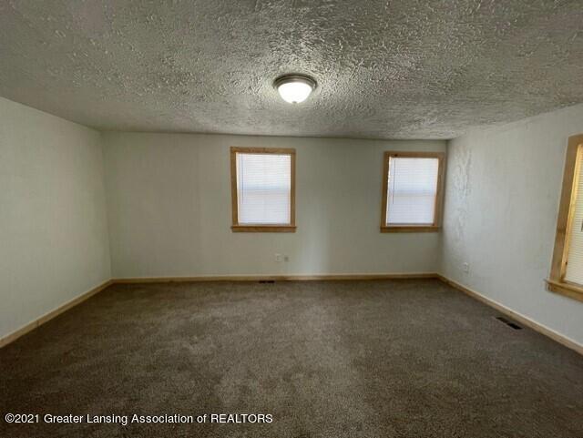 1314 W Barnes Avenue Property Photo 27