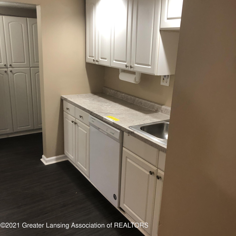 1428 Lyons Avenue Property Photo 5