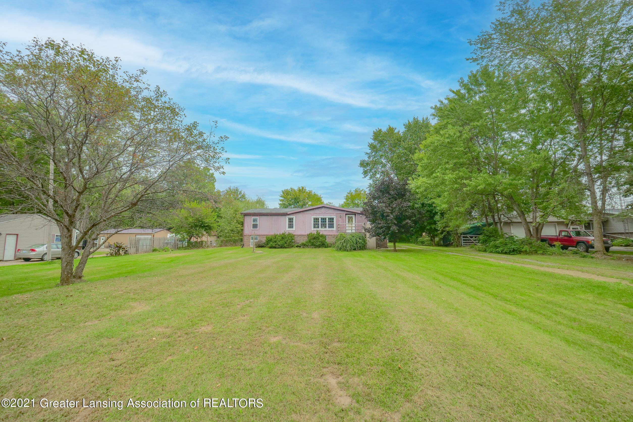 8611 Rives Junction Road Property Photo