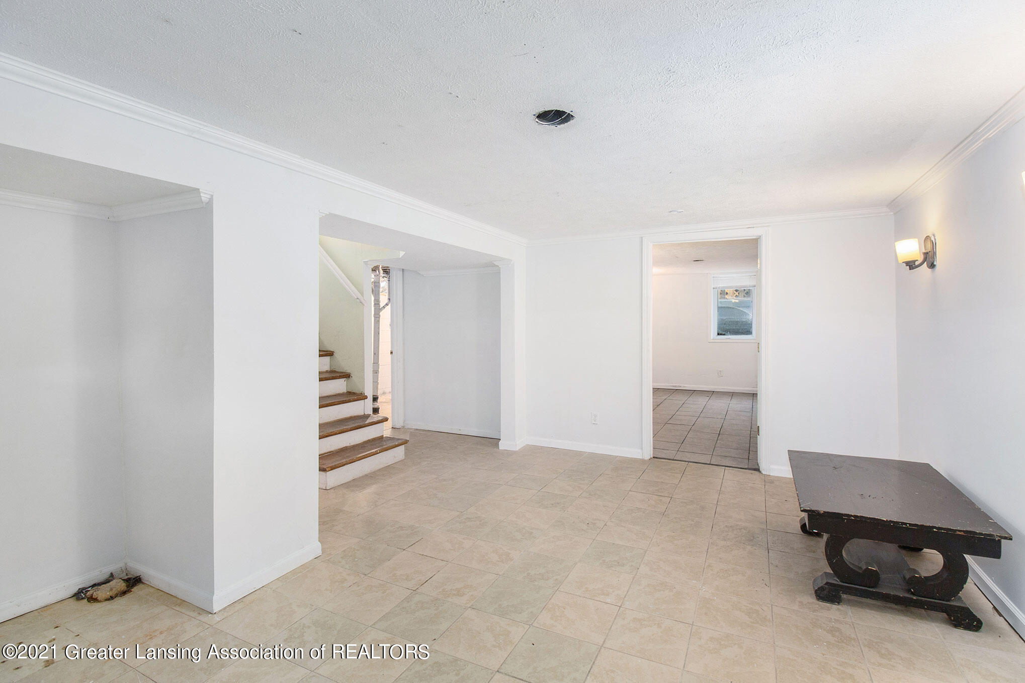 4906 Ingham Street Property Photo 17