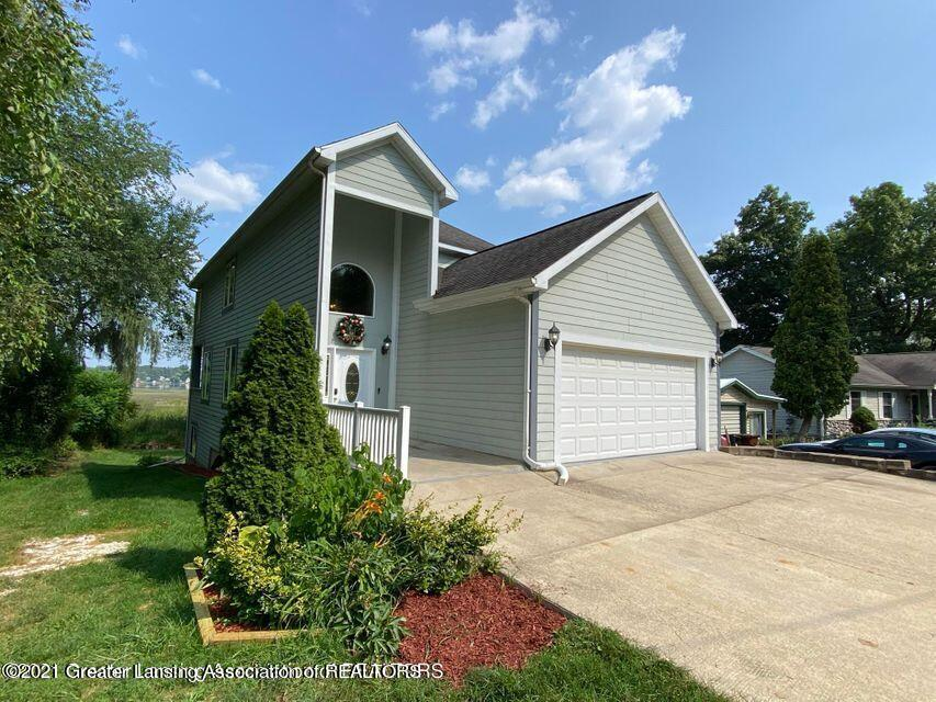 15507 Outer Drive Property Photo