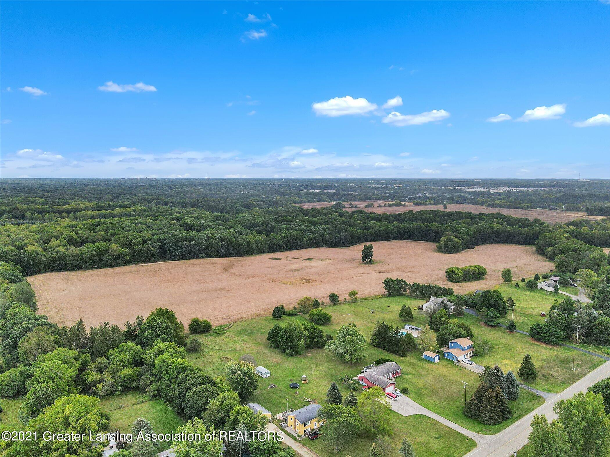 13696 North River Highway Property Photo 1