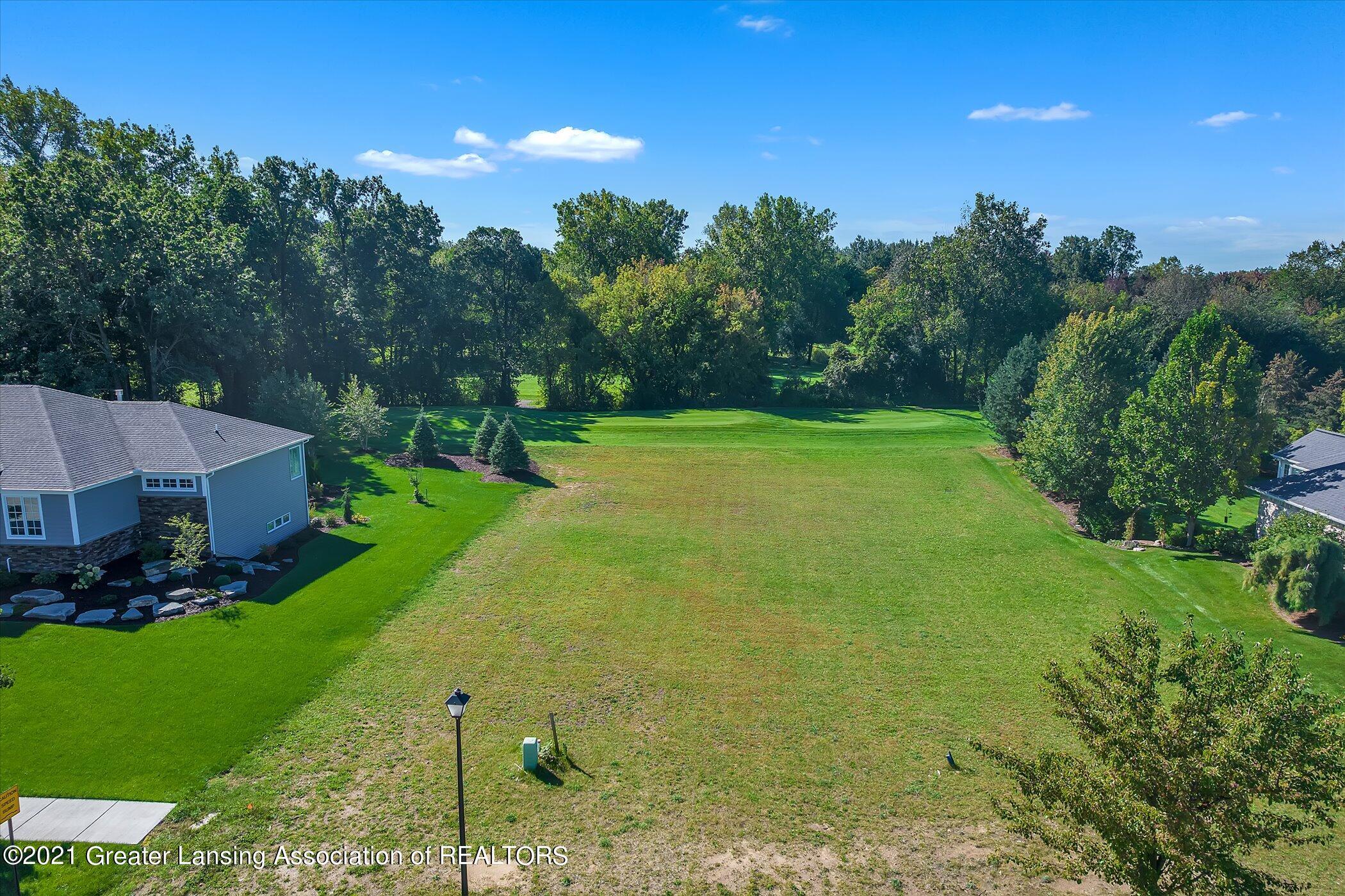 4930 Hawk Hollow Drive Property Photo