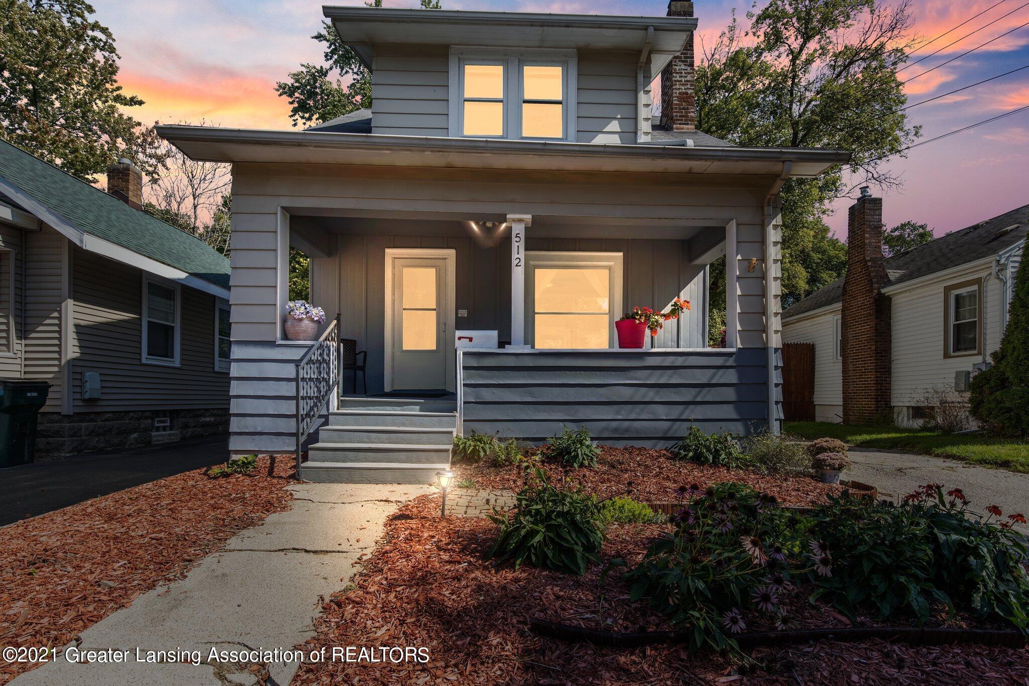 512 N Clemens Avenue Property Photo