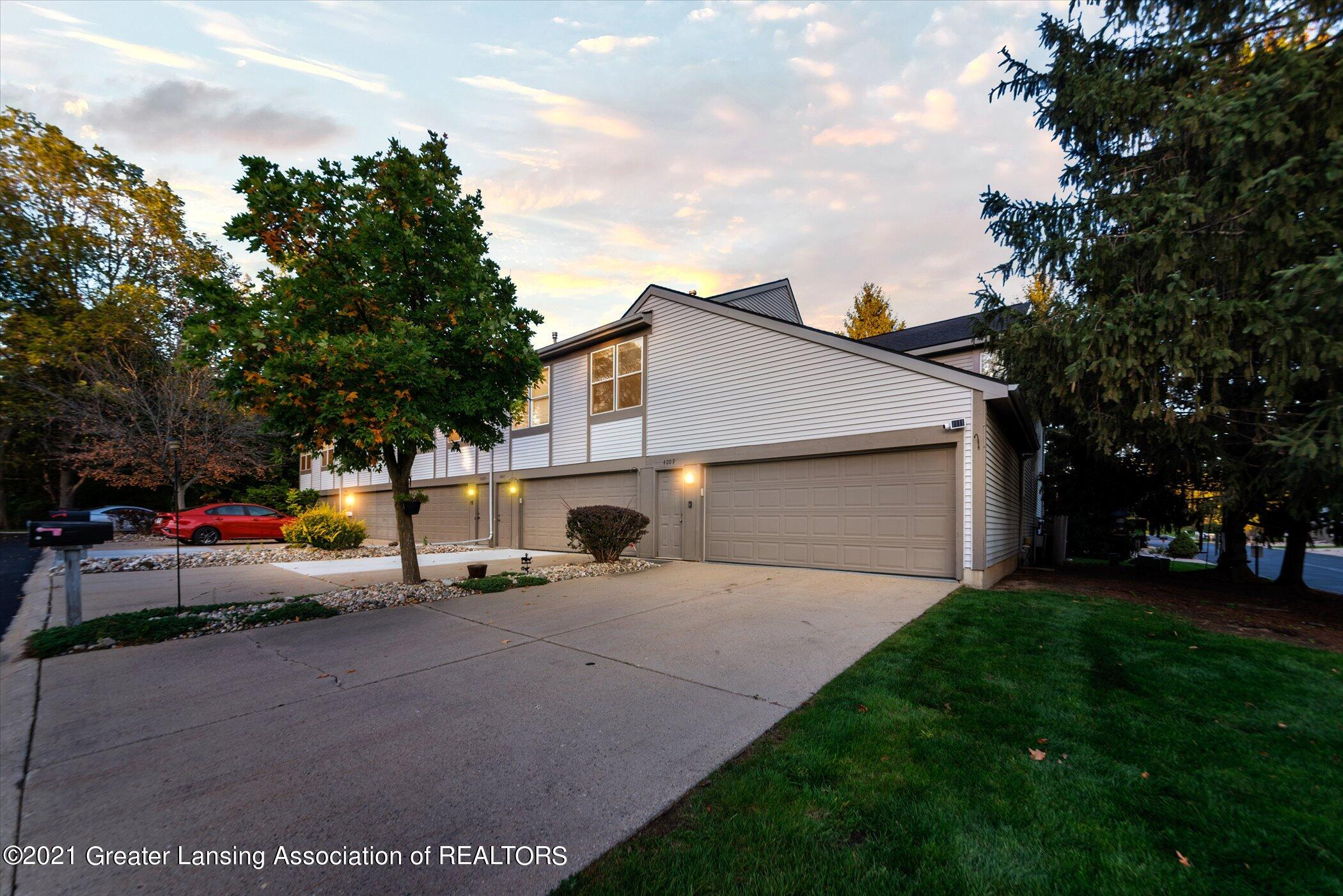 48910 Real Estate Listings Main Image