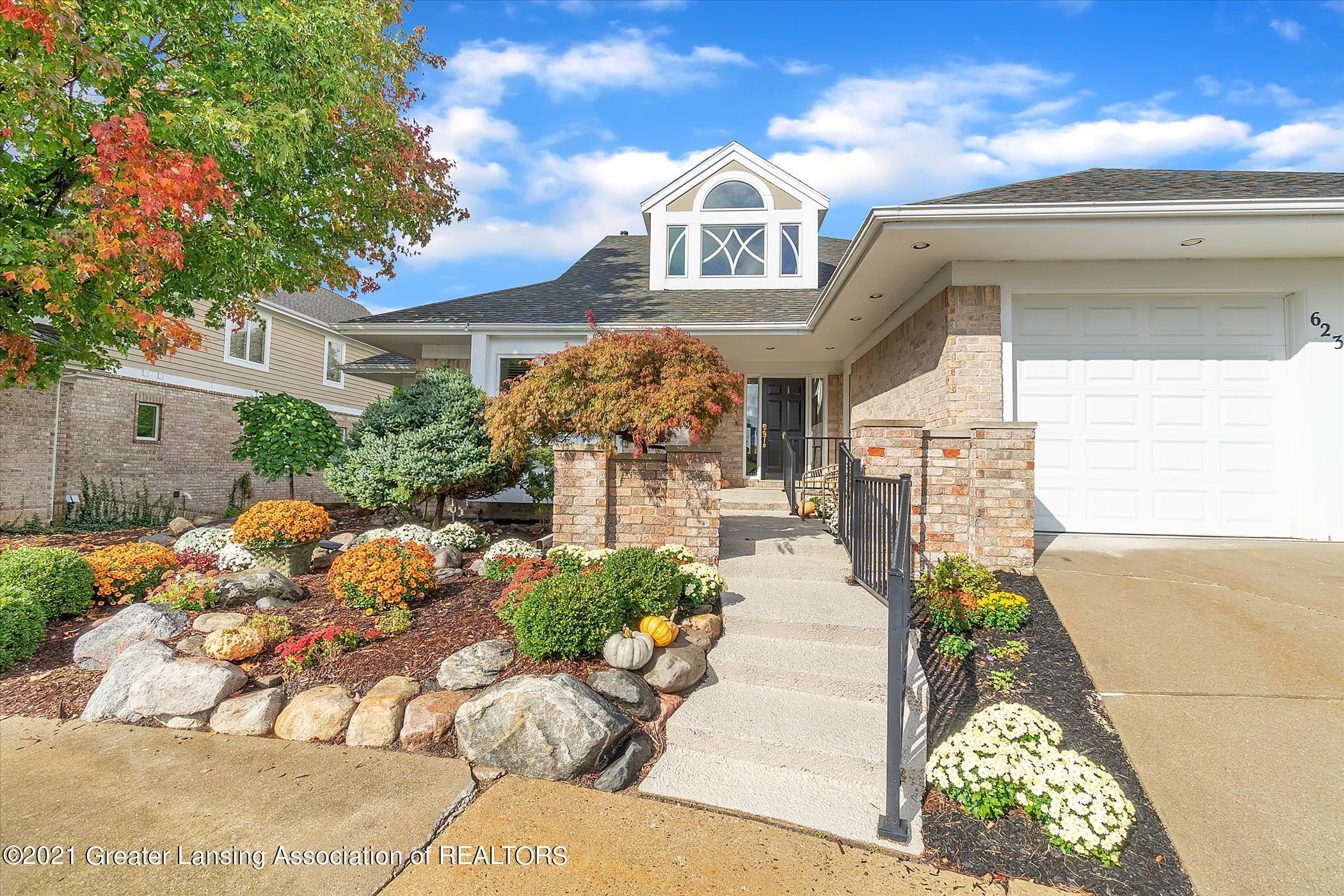 6235 W Golfridge Drive Property Photo